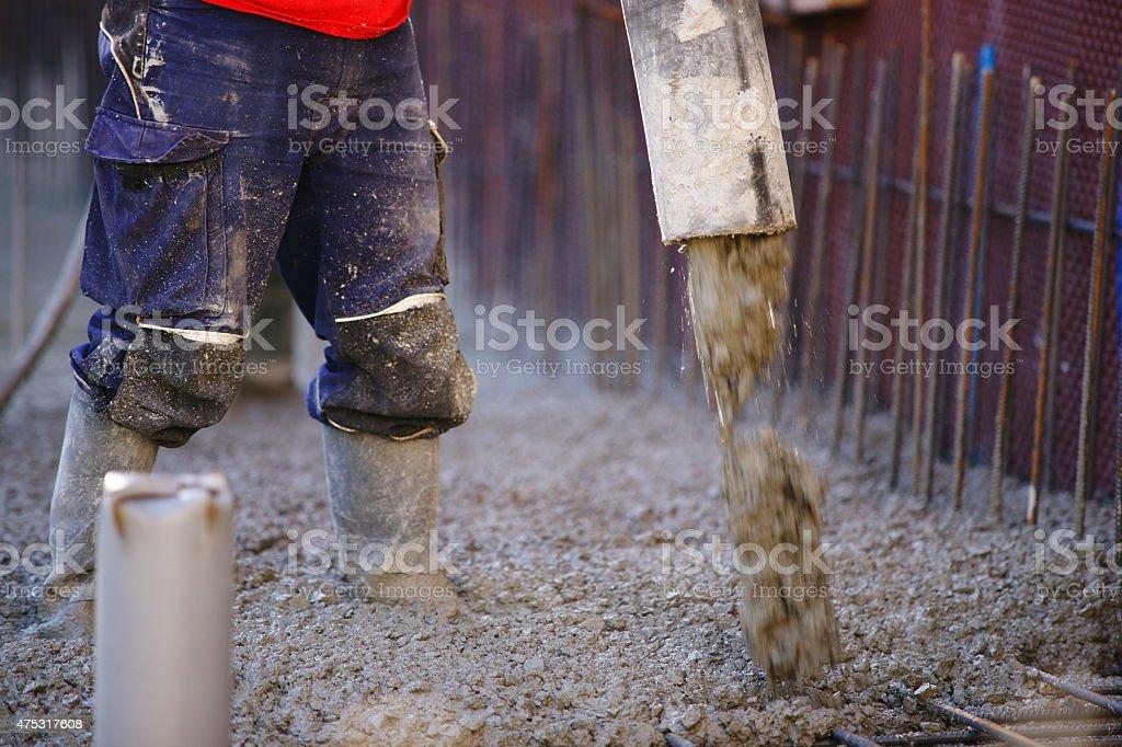 Trabajadores de la construcción de bombeo - foto de stock