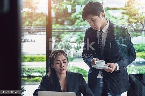 687687166 istock photo Consultation or Market data research concept, Adjustment of marketing strategies Female company owner discussing to a male market analyst To consult the company's marketing strategy. 1171351781