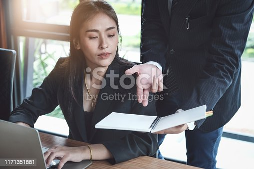 927401824 istock photo Consultation or Market data research concept, Adjustment of marketing strategies Female company owner discussing to a male market analyst To consult the company's marketing strategy. 1171351881