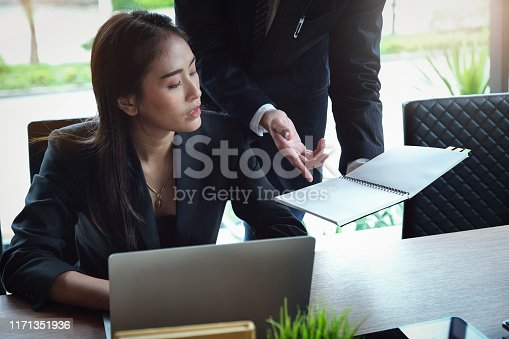 927401824 istock photo Consultation or Market data research concept, Adjustment of marketing strategies Female company owner discussing to a male market analyst To consult the company's marketing strategy. 1171351936