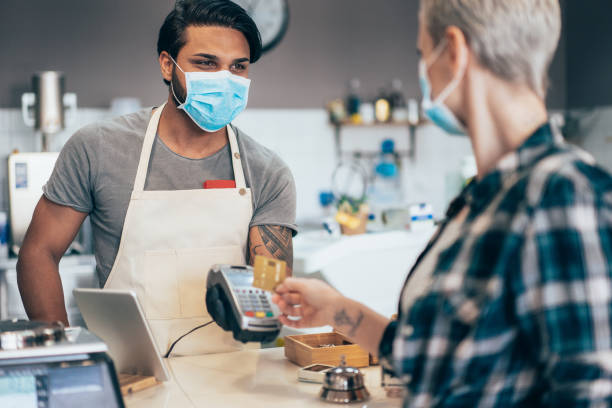Kontaktloses Bezahlen und Coronavirus – Foto