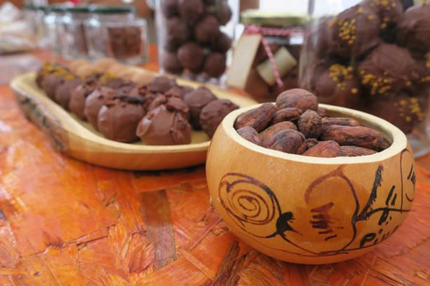 容器手繪南瓜,含有乾可哥豆。圖像檔