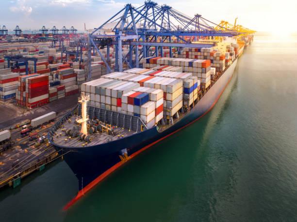 transporte de navio porta contêiner e recipiente - recipiente - fotografias e filmes do acervo