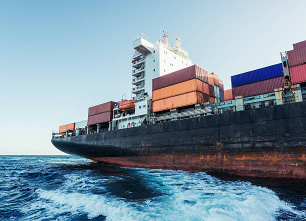 container ship on the atlantic - hull stock pictures, royalty-free photos & images