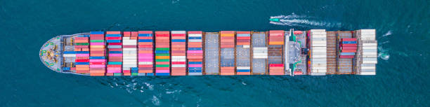 Containerschiff Ship Cargo Carrier. Import Export Logistik und Export Produkte weltweit – Foto