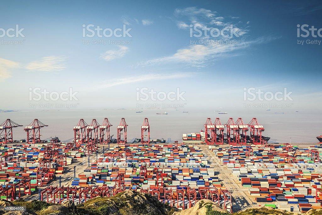 container-terminal – Foto