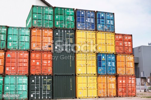 697974610 istock photo Containers carrying costly cargo 507243757