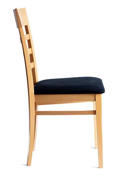 moderne buche gepolsterten stuhl, seitenansicht, isoliert auf weißem hintergrund - stuhlpolster stock-fotos und bilder
