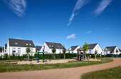 Contemporary family detached houses / new settlement