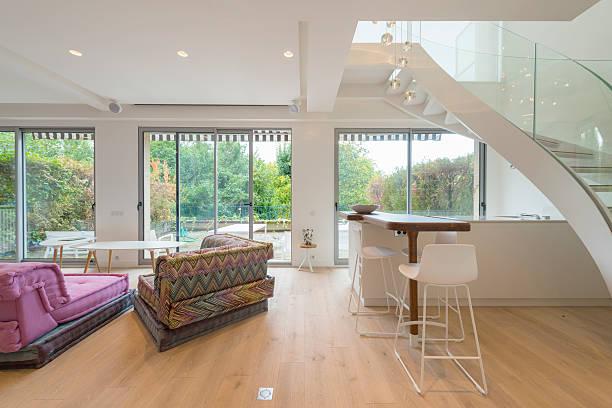 contemporary kitchen living room. loft. studio apartment. - moderner dekor für ferienhaus stock-fotos und bilder