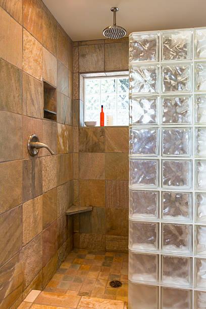 Glasbausteine Dusche Bilder Und Stockfotos Istock