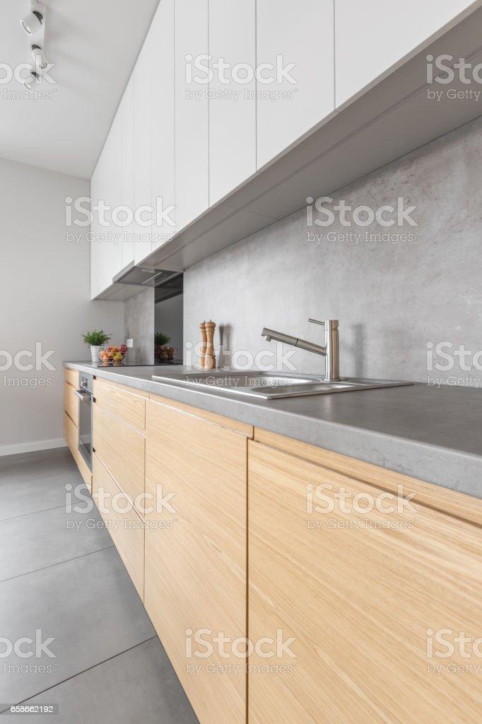 Moderne Küche Aus Holz Möbel Stockfoto und mehr Bilder von ...