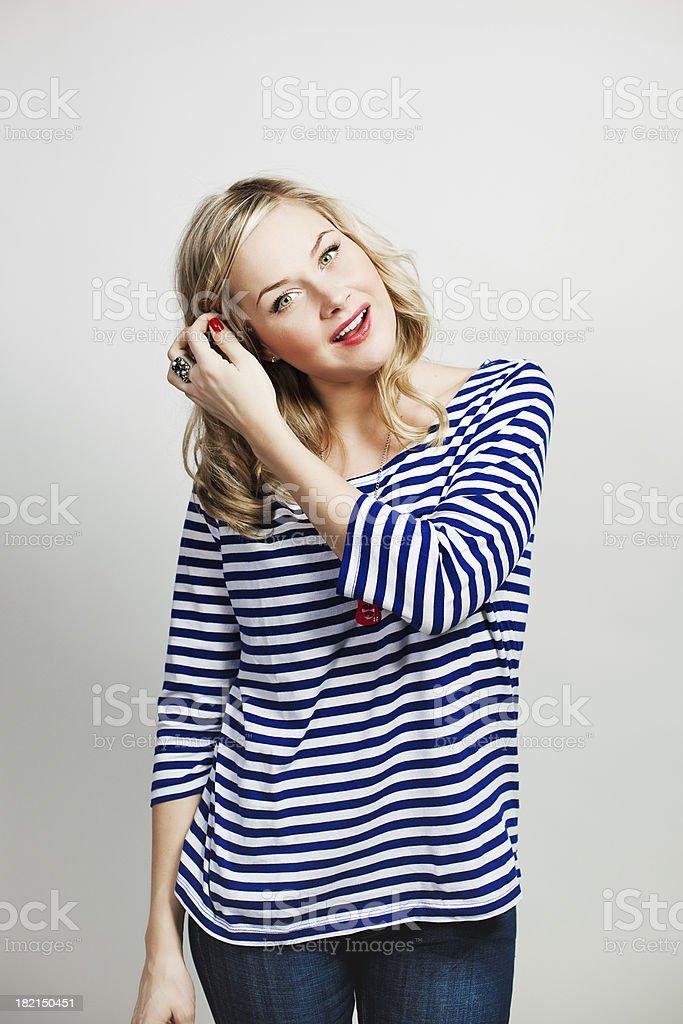 Zawartość Uśmiechnięta kobieta – zdjęcie