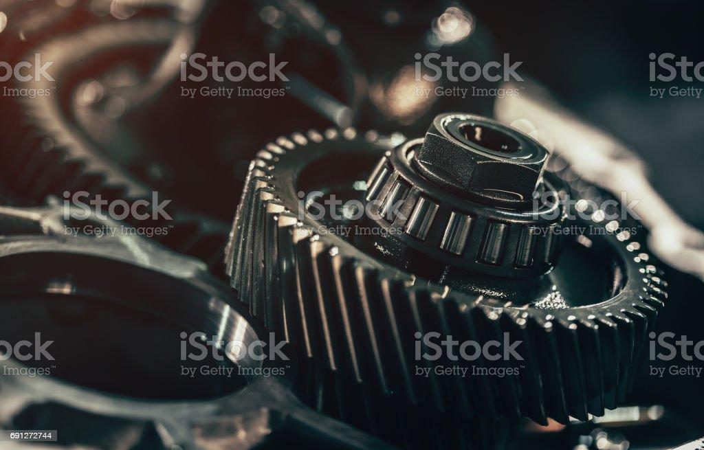 Primer plano de las piezas metálicas de transmisión continuamente variable - foto de stock