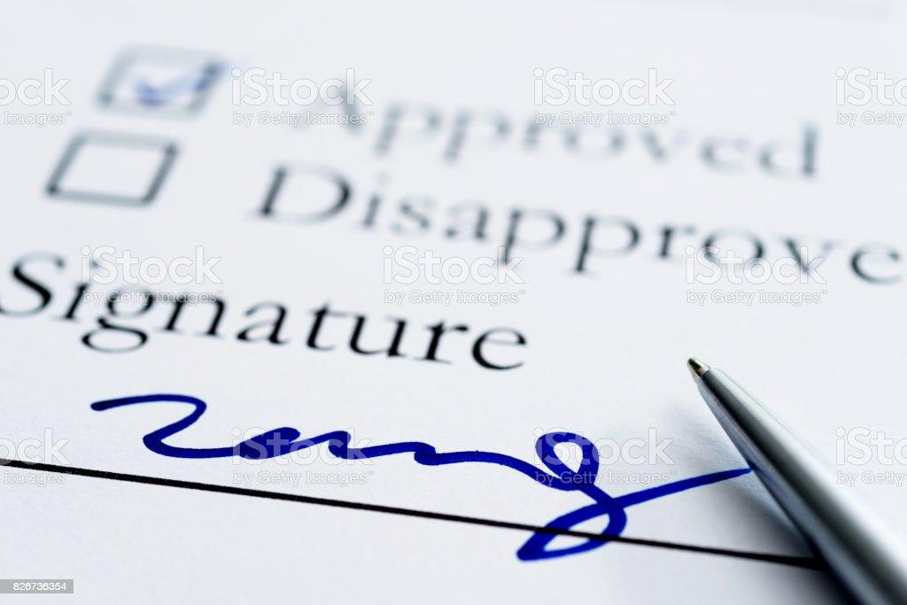 Avtal för undertecknande - Royaltyfri Ansökningsblankett Bildbanksbilder