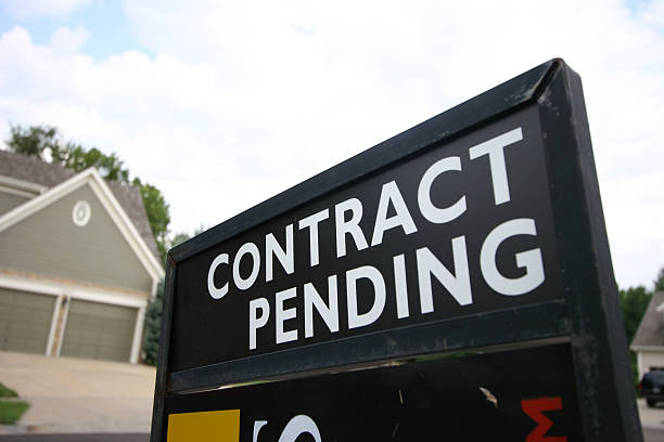 Contract Pending sign stock photo