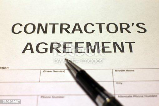 532257236istockphoto Contractor's Agreement Form 530603697