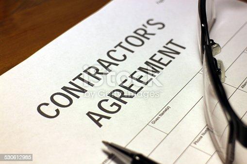 532257236istockphoto Contractor's Agreement 530612985