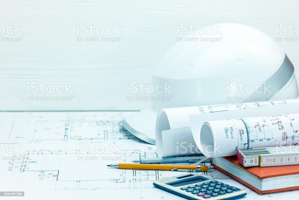 Auftragnehmerarbeitsplatzhintergrund Zeichnen Und Messen Werkzeuge