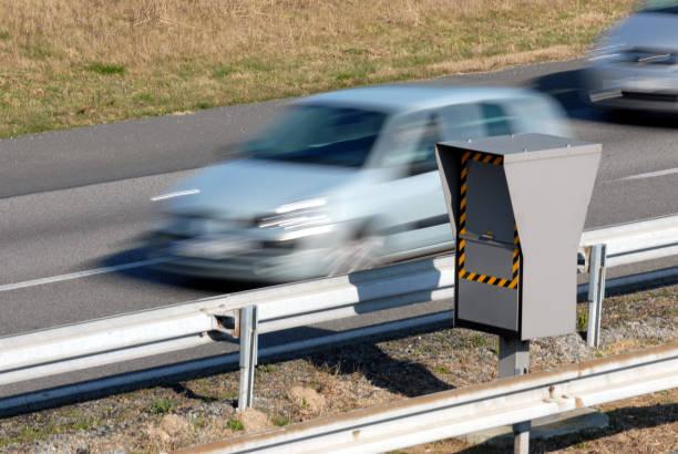 contrôle de vitesse - radar foto e immagini stock