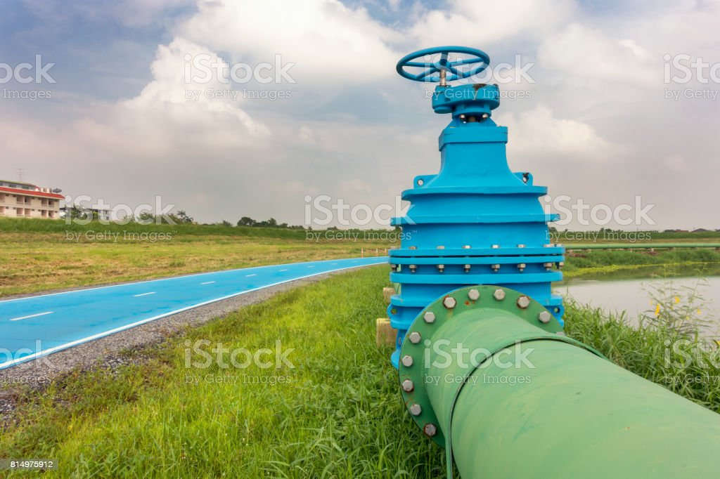 Control main valve, Water control main valve, Pipeline distribution, Water pipeline distribution. stock photo