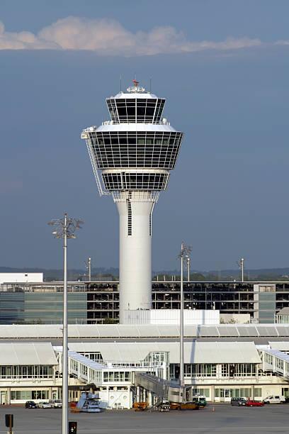 control tower - gblu stock-fotos und bilder