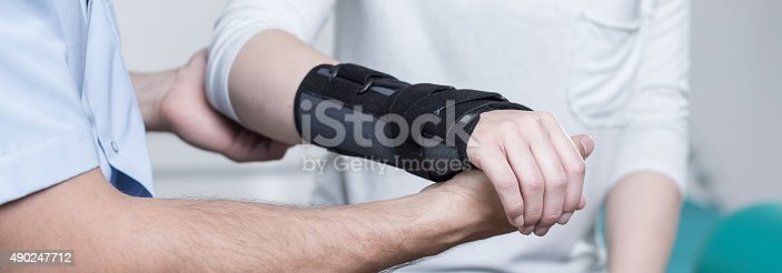 istock Contused hand in stabilizer 490247712