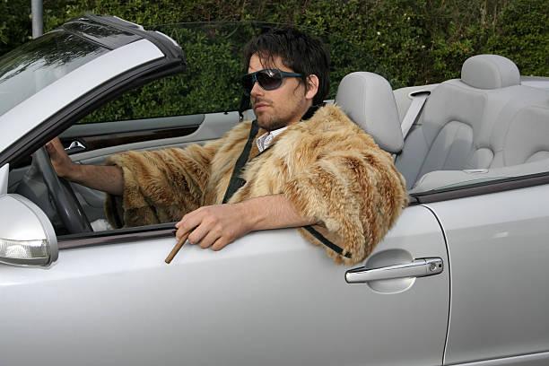 cabrio auto und fahrer - 1m coupe stock-fotos und bilder