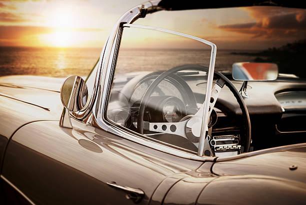 cabrio oldtimer-vintage car - alten muscle cars stock-fotos und bilder