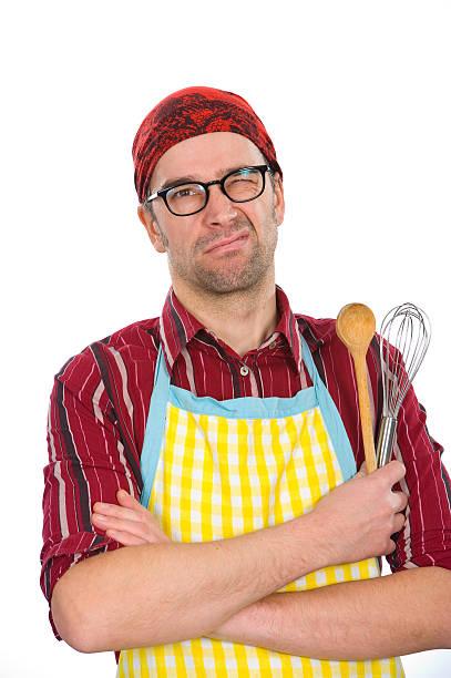 cook mit küche-tools - desmond koch stock-fotos und bilder