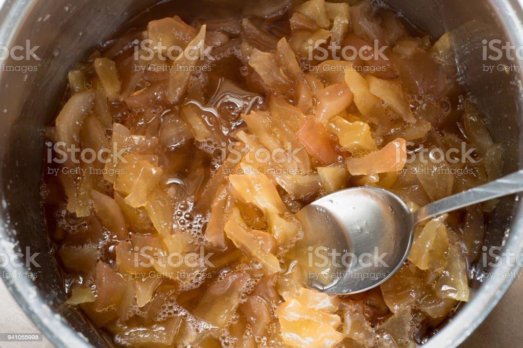 Gekochte Birne Marmelade in Pfanne – Foto