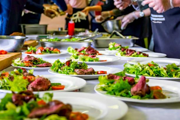 Cooked roast beef fresh salad and tomatoes served on white plates picture id1097236424?b=1&k=6&m=1097236424&s=612x612&w=0&h=9qfkj4houn59q8xnbqea05 zjv0dm0 gm unxzt 8wc=