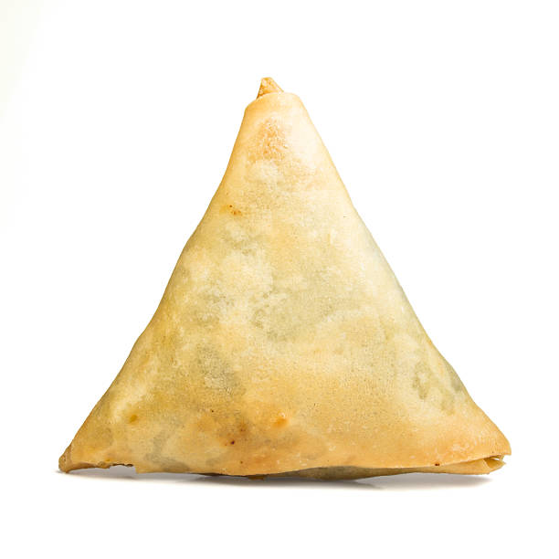 cooked samosa - samosa stock photos and pictures