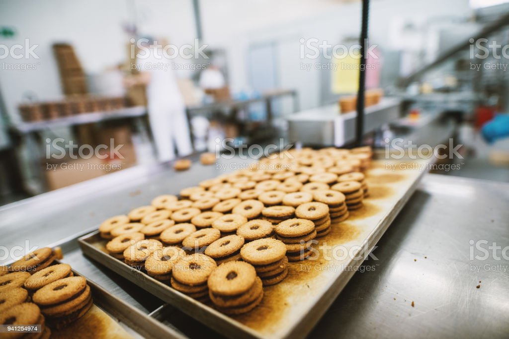 Production fabrication cookies, biscuits, crackers