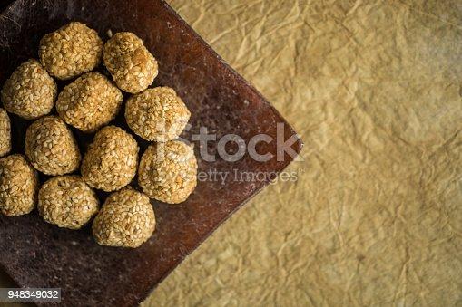 istock Cookies sesame balls 948349032