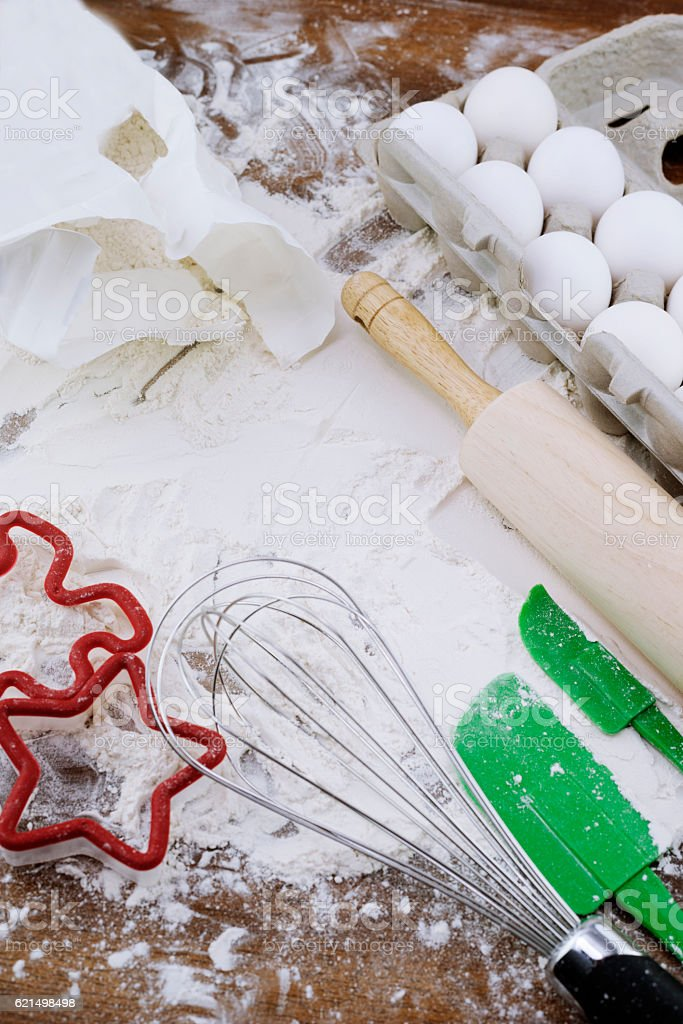 Cooking background with eggs, flour and utensils on wooden table. foto stock royalty-free