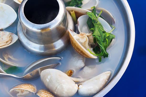Kochen Gemüse in der Pfanne mit Muscheln – Foto