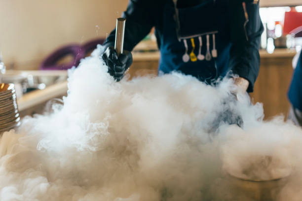 Cooking homemade ice cream with Liquid nitrogen Food, Smoke - Physical Structure, Strawberry, Fumes, Bar - Drink Establishment, Drink, Food and Drink, wedding day or birthday liquid nitrogen stock pictures, royalty-free photos & images