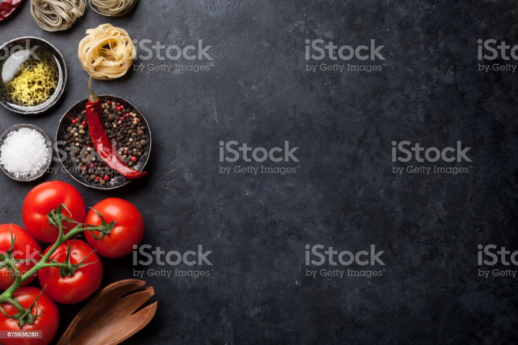 Ingrédients et ustensiles de cuisine - Photo