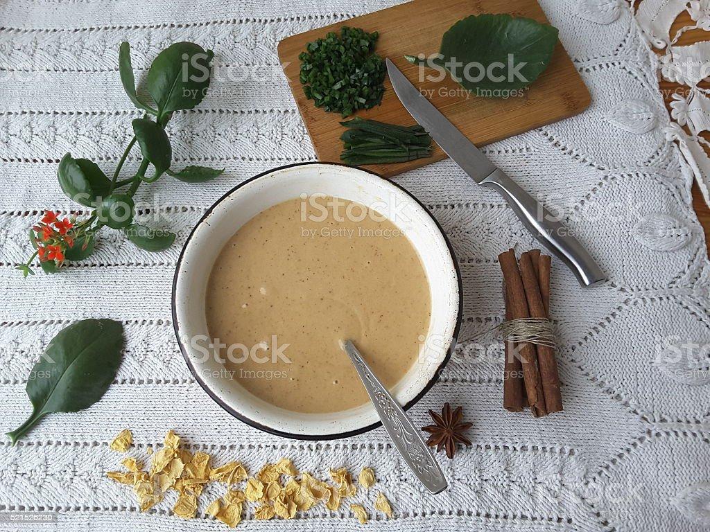 Кулинарные Каланхоэ кексы с Каланхоэ листья и корицей стоковое фото