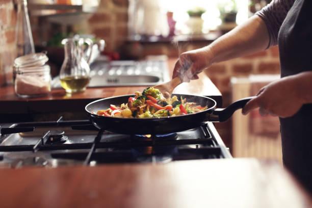 Kochen von Gemüse, Schritt 6, mischen – Foto