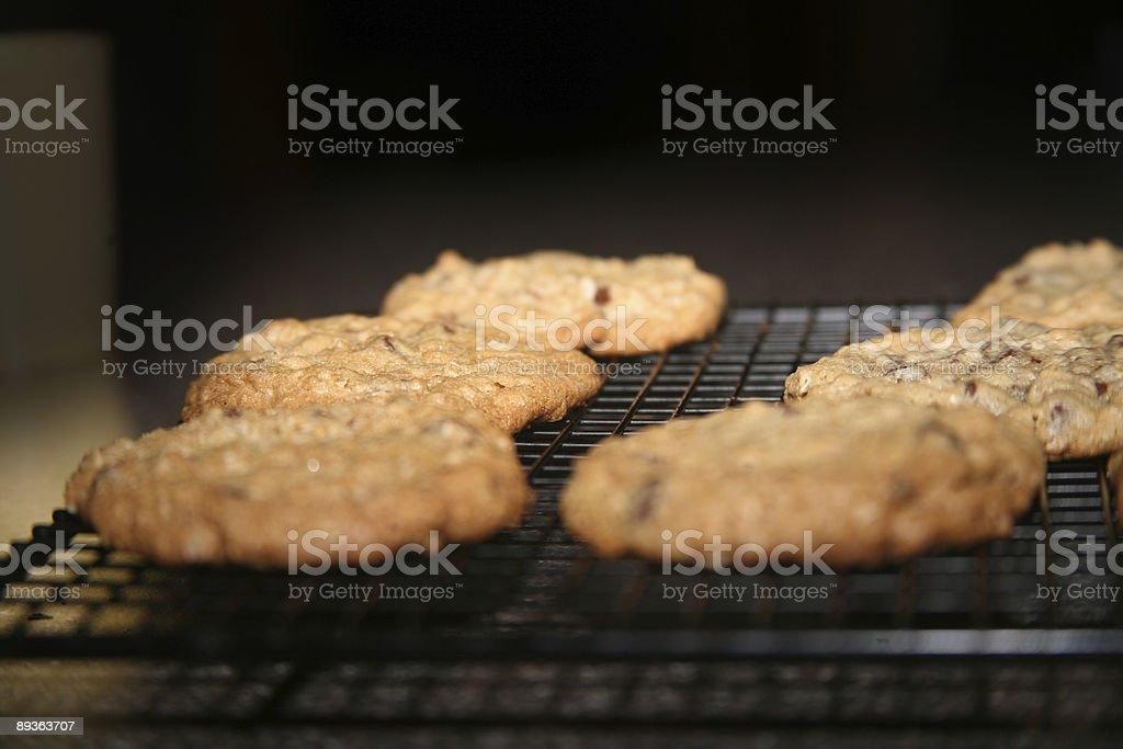 Refroidissement des cookies photo libre de droits