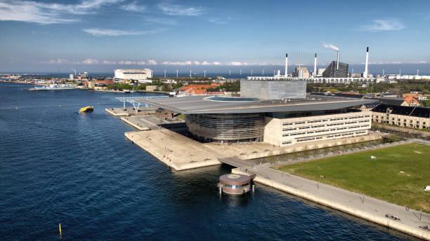 köpen hamns operahus - drone copenhagen bildbanksfoton och bilder