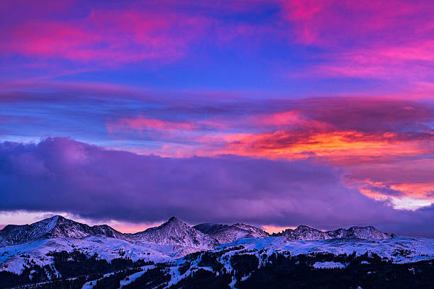 Copper Mountain and Tenmile Range Mountain View Winter Sunset Copper Mountain and Tenmile Range Mountain View Winter Sunset - Scenic views at sunset with colorful vibrant sunset colors. vail colorado stock pictures, royalty-free photos & images