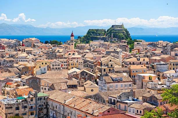 Korfu-Stadt und die skyline  – Foto