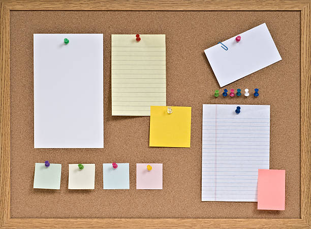 cork board with pinned blank notes - bulletin board stock pictures, royalty-free photos & images