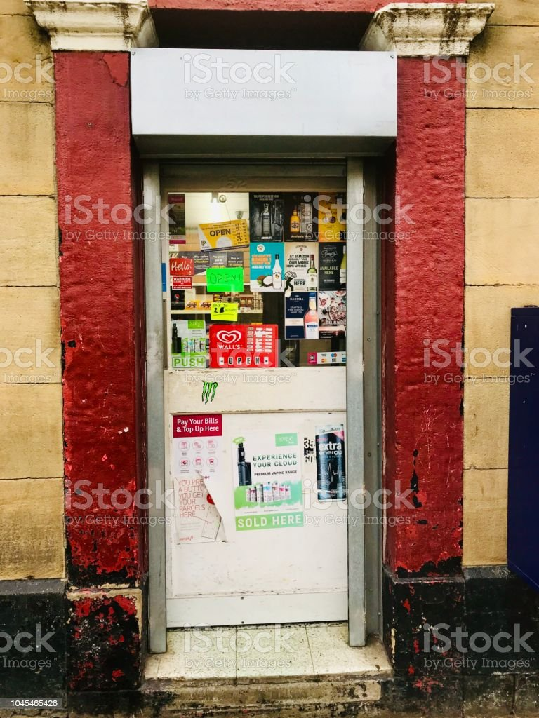 Corner Shop Stock Photo More Pictures Of Convenience Store Istock