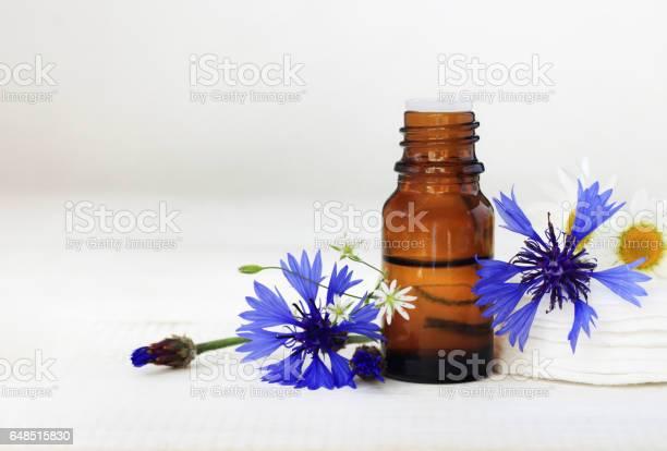 Cornflower botanical extract cosmetic benefits picture id648515830?b=1&k=6&m=648515830&s=612x612&h=bj2zrs xagtr iqkp asrwfqoakhstptenmyor3rggo=