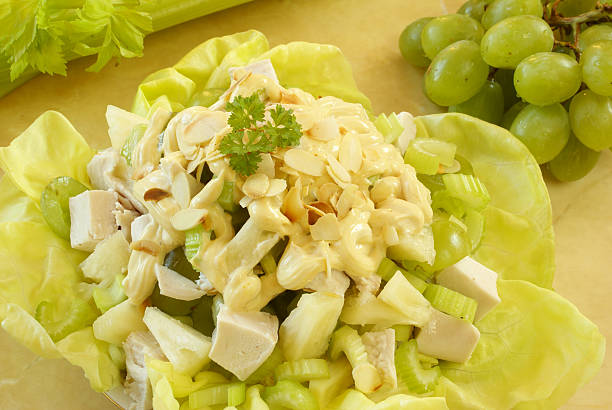 krönung huhn - ananas huhn salate stock-fotos und bilder