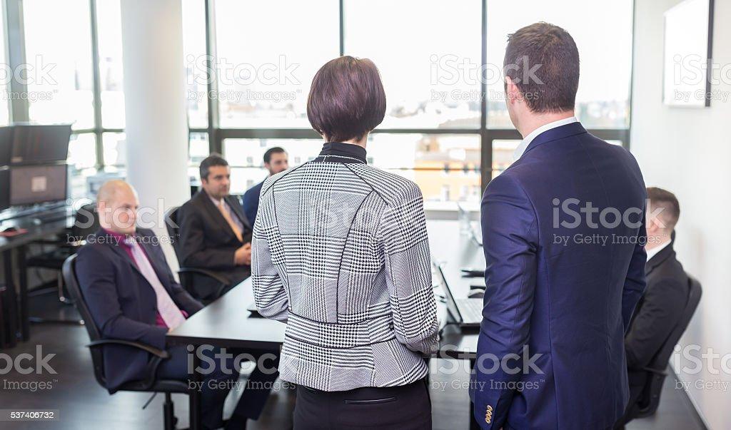 Unternehmen business-team im Büro treffen. – Foto